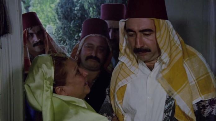 Olay 19. yüzyıl Mısır'ında geçer. Tellioğlu ve Seferoğlu Aileleri, İskenderiye'nin en değerli yeri olan Yeşil Vadi için birbirleriyle kıyasıya bir mücadeleye girerler. Vadinin kime ait olduğuna devlet görevlileri de karar veremezler.